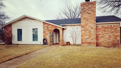Single Family Home For Sale: 7826 Uvalde Avenue
