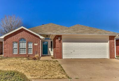 Lubbock TX Single Family Home Under Contract: $153,500