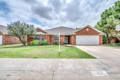 Wolfforth Single Family Home Contingent: 403 Longhorn Avenue