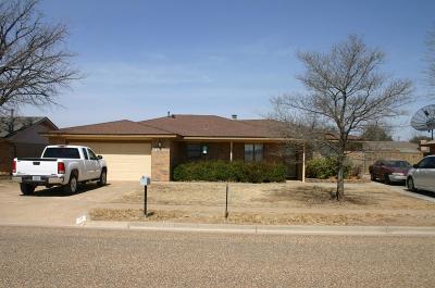 Brownfield Single Family Home For Sale: 1213 E Waco