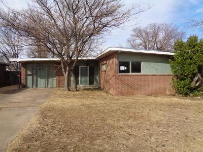 Lubbock County Single Family Home Under Contract: 2306 49th Street