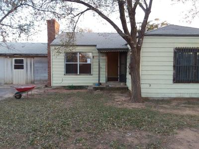 Lubbock County Single Family Home For Sale: 955 W Hockley Street