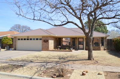 Lubbock Single Family Home For Sale: 6811 Hyden Avenue