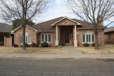 Lubbock Single Family Home For Sale: 5606 Norfolk Avenue