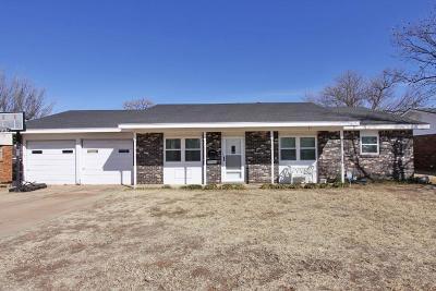 Lamesa Single Family Home For Sale: 114 N 24th