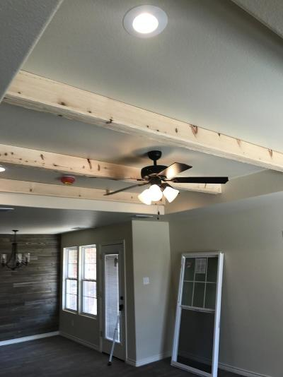 Lubbock Single Family Home For Sale: 8812 10th Place