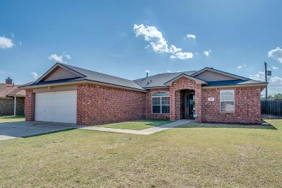 Shallowater Single Family Home For Sale: 807 Ave S