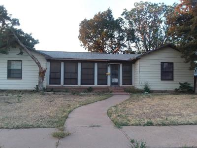 Abernathy Single Family Home For Sale: 712 13th