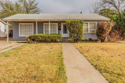 Lubbock Single Family Home Under Contract: 3006 46th Street