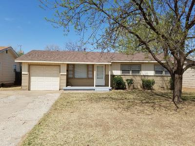 Lubbock County Single Family Home Under Contract: 4514 47th Street