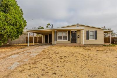 Lubbock Single Family Home Under Contract: 4510 36th Street