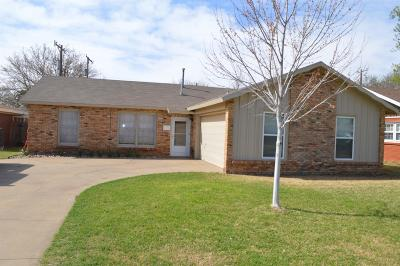 Lubbock Single Family Home Under Contract: 5431 31st Street