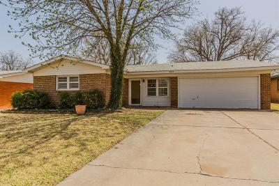 Lubbock Single Family Home Under Contract: 4515 48th Street