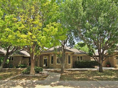 Lubbock Garden Home For Sale: 6713 Fulton Avenue