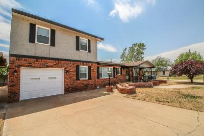Slaton Single Family Home Under Contract: 845 W Jean Street