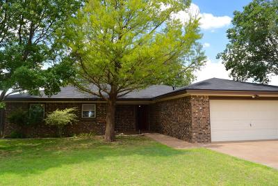 Idalou Single Family Home Under Contract: 1019 Dogwood Avenue