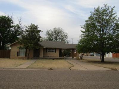 Bailey County, Lamb County Single Family Home For Sale: 123 E 11th