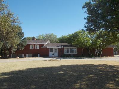 Abernathy Single Family Home Under Contract: 1605 Farm Road 597