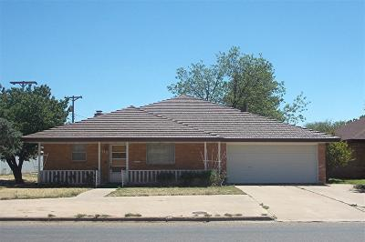 Abernathy Single Family Home For Sale: 609 16th Street