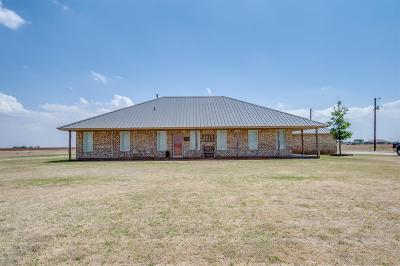 Slaton  Single Family Home For Sale: 4514 E Farm Road 41 Road