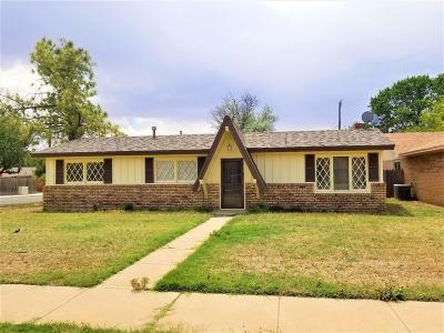 Lubbock TX Single Family Home Under Contract: $115,000