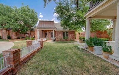 Lubbock Garden Home For Sale: 9215 York Place