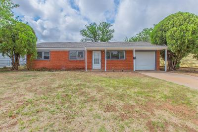 Lubbock Single Family Home For Sale: 1908 E Colgate Street