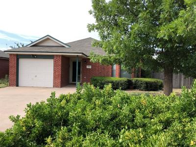 Lubbock Single Family Home Under Contract: 1118 81st Street