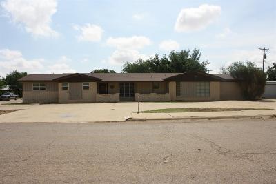 Tahoka Single Family Home Under Contract: 1828 N Ave K