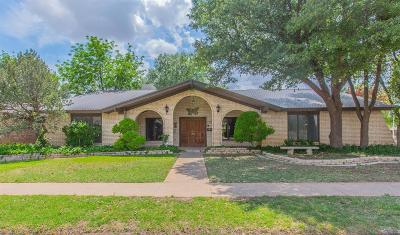 Lubbock Single Family Home For Sale: 7702 Lynnhaven Avenue