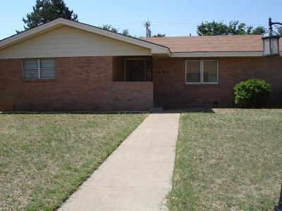 Slaton Single Family Home For Sale: 1495 W Crosby Street