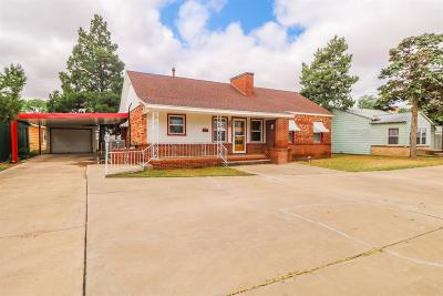 Single Family Home For Sale: 306 E Waylon Jennings Boulevard