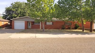 Lamesa TX Single Family Home For Sale: $105,500