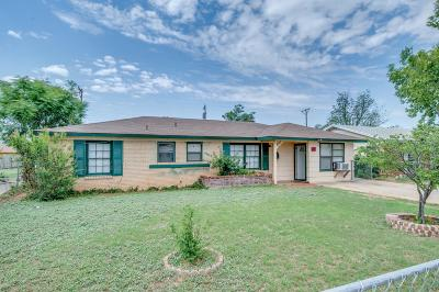 Single Family Home For Sale: 1832 E 1st Place
