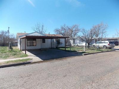 Single Family Home For Sale: 2617 Bates Street