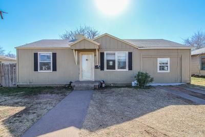 Lubbock County Single Family Home For Sale: 2033 63rd Street
