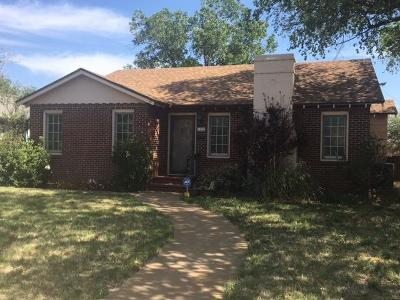 Single Family Home For Sale: 1102 W 11th Street