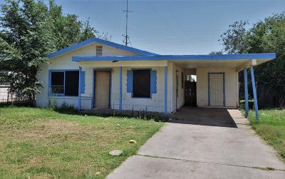 Lubbock County Single Family Home For Sale: 2918 E Baylor Street
