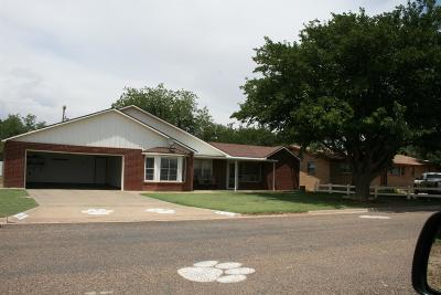 Tahoka Single Family Home Under Contract: 2220 N 4th