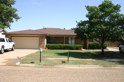 Brownfield Single Family Home For Sale: 1213 E Waco