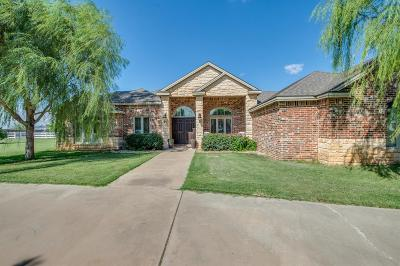 Lubbock Single Family Home Under Contract: 3302 County Road 7630