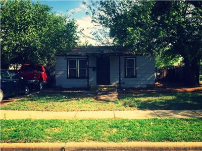 Lubbock County Single Family Home For Sale: 523 39th Street