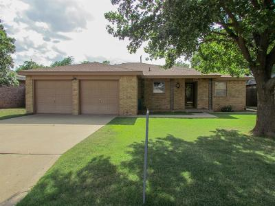 Slaton Single Family Home For Sale: 845 N 17th Place
