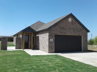 Lubbock Garden Home For Sale: 77 Windsor Court
