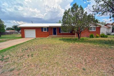 Shallowater Single Family Home For Sale: 707 12th Street