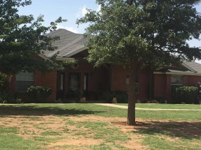 Lubbock Single Family Home Under Contract: 1605 N County Road 1670