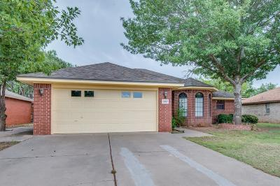 Lubbock Single Family Home For Sale: 9807 Lynnhaven Avenue