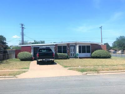 Lubbock Single Family Home For Sale: 1921 E 1st Place