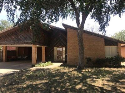 Lubbock Single Family Home For Sale: 2207 33rd Street