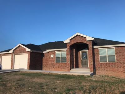 Abernathy Single Family Home For Sale: 1102 Buffalo Court